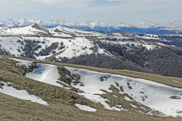 Grandioses Panorama auf dem Gumbashi-Pass