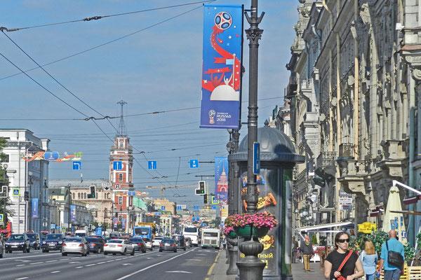 Am Newski-Prospekt, dem Großen Boulevard von St. Petersburg
