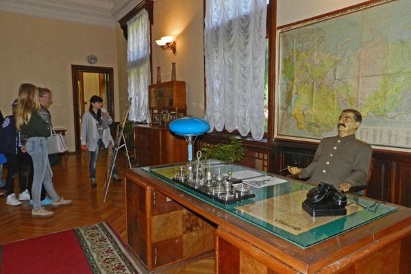 Stalins Schreibtisch mit Wachsfigur
