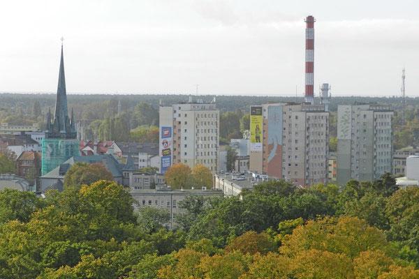 Вид на современный польский город.