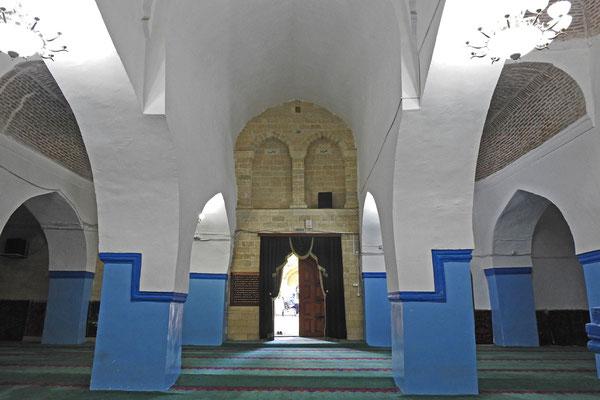 Im Inneren der Dschuma-Moschee