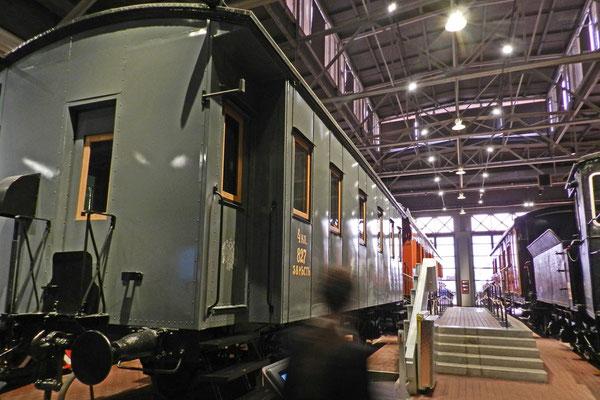 Ein 4.-Klasse-Liegewagen aus dem vorrevolutionären Russland