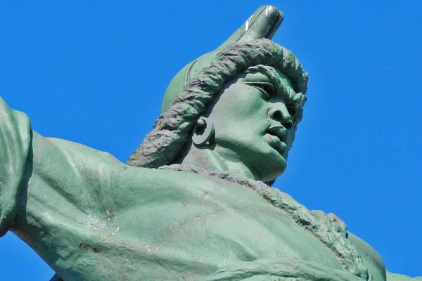 Dem baschkirische Nationalheld wurde ein riesiges Reiterdenkmal gesetzt.