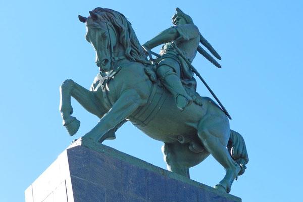 Sein Denkmal in Ufa soll das größte Reitermonument Europas sein