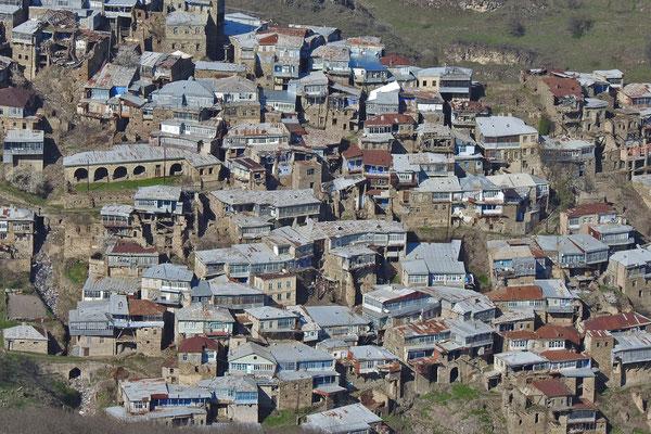 Viele Häuser in Kubatschi sind baufällig.