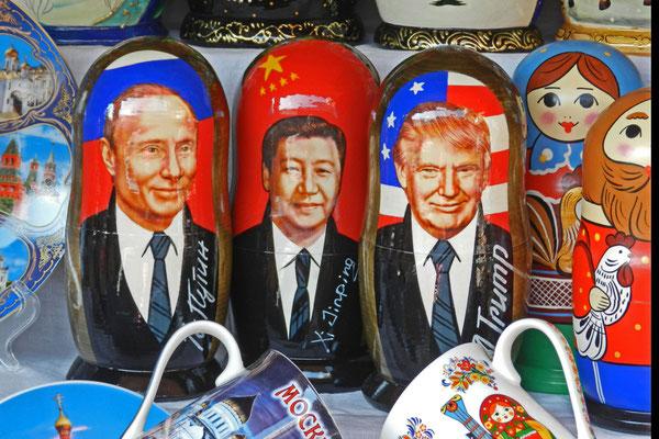 Staatslenker-Matrjoschkas sind ein Verkaufsrenner.