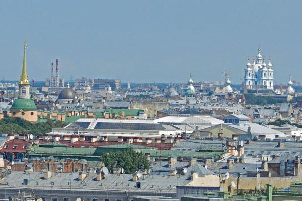 Blick von der Isaakskathedrale nach Nordosten zum Smolnyj