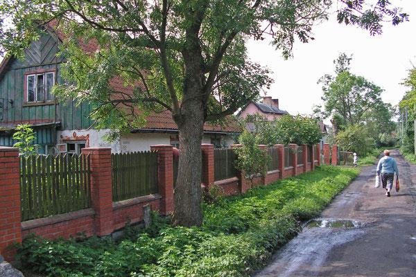 In Rybatschi (Rossitten) sind viele deutsche Häuser erhalten geblieben.