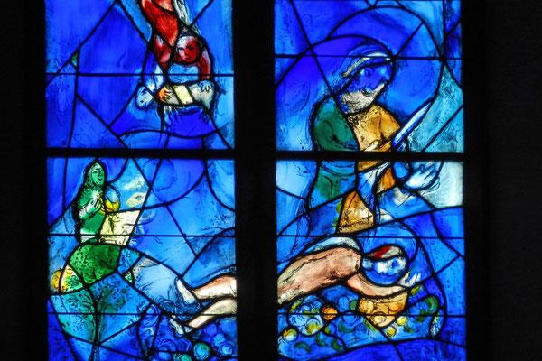 Всемирно известный художник создал цикл библейских картин