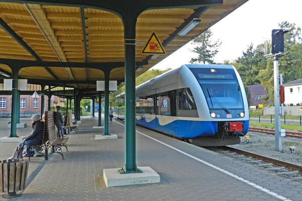 Отправляется поезд в Польшу.