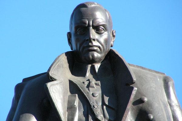 """Denkmal für den """"weißen"""" Bürgerkriegsgeneral Koltschak in Irkutsk"""