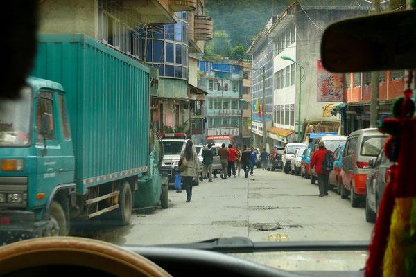 Zhamung, de grensovergang met Nepal en het einde van een mooie reis.