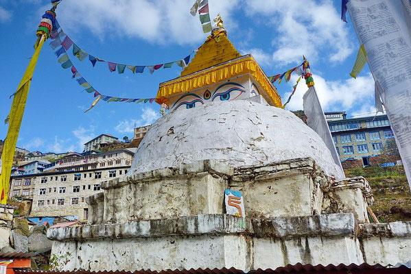 De stupa van Namche Bazaar
