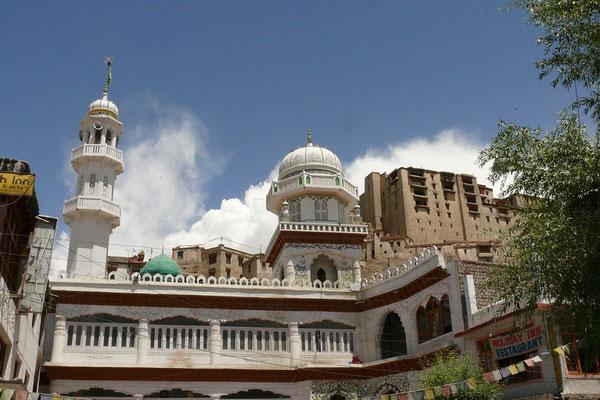 De moskee van Leh