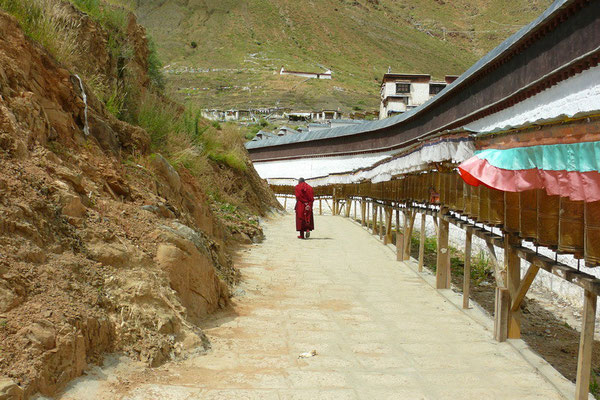 Rondgang om het Tashilunpo klooster in Shigatse