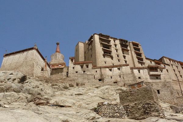 Het konklijk paleis van Leh (de hoofstad van Ladakh)