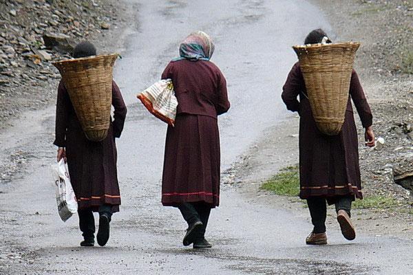 Vrouwen in Keylong