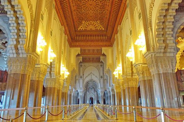 Hassan II moskee van binnen