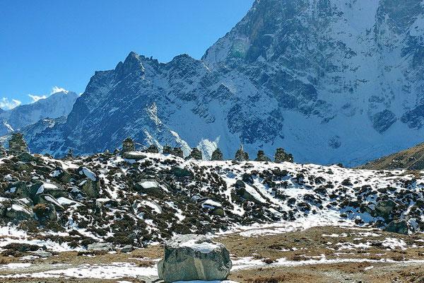 Gedenkstenen voor omgekomen bergklimmers