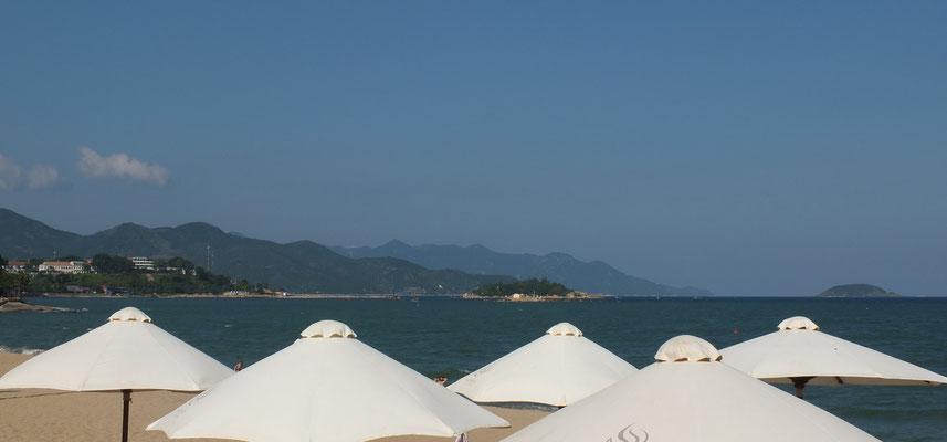 Aan het strand van Nha Trang