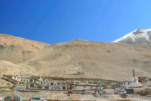 Het hoogste klooster ter wereld: Rongbuk Gompa op 5010 m.