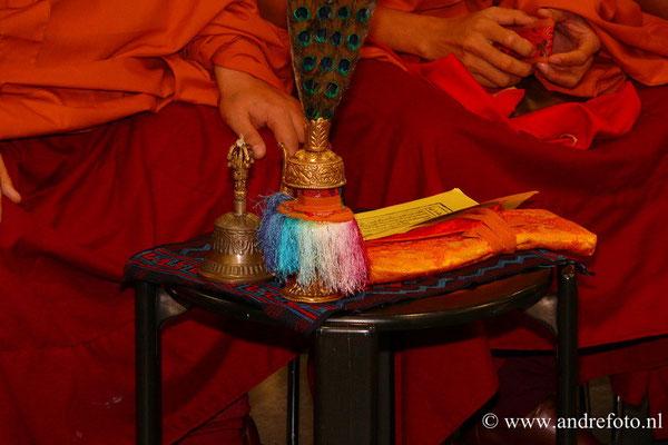 Dit ritueel wordt ook voorafgegaan door een puja
