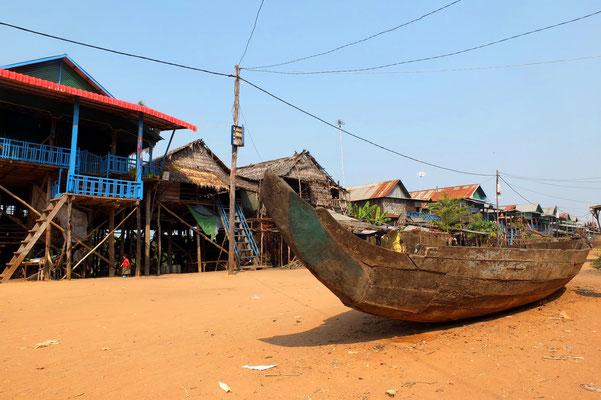 Kompong Phluk aan het Tonlé Sap meer