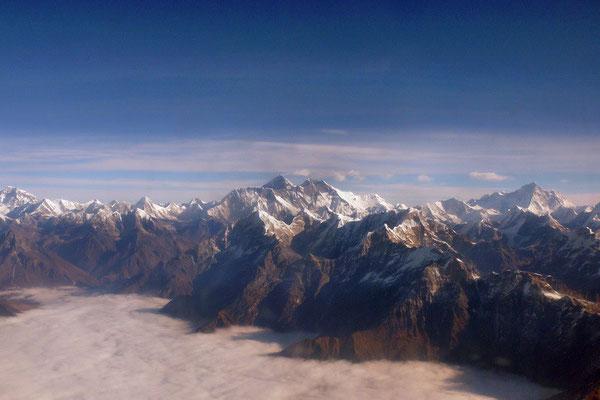 Himalaya rondvlucht met 4 achtduizenders: Cho Oyu (8201 m), Mount Everest (8848 m), Lhotse (8516 m) en Makalu (8485 m).