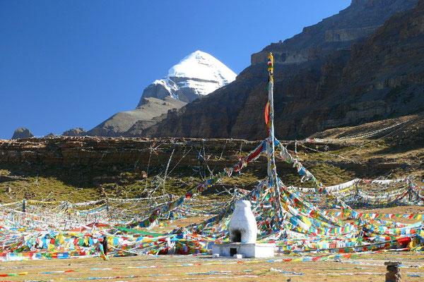 Gebedsvlaggen bij Mount Kailash