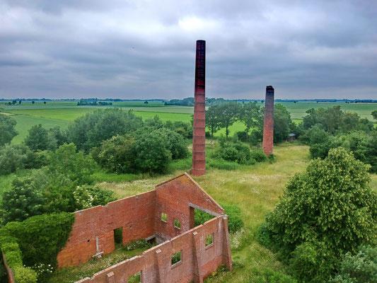 De oude steenfabriek uit 1857 bij Rottum vanuit de lucht.