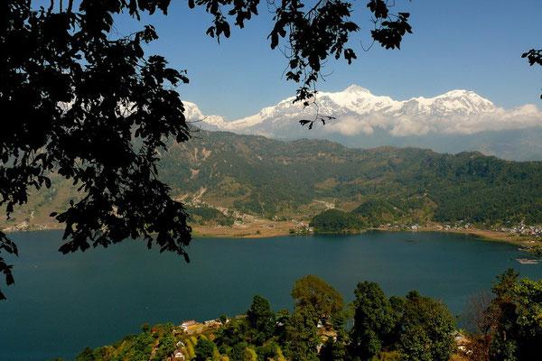 Phewa lake bij Pokhara