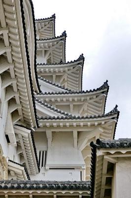 Himeji-jo, het grootste kasteel van Japan uit de 14de eeuw.