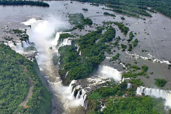 De watervallen van Iguazu vanuit de lucht
