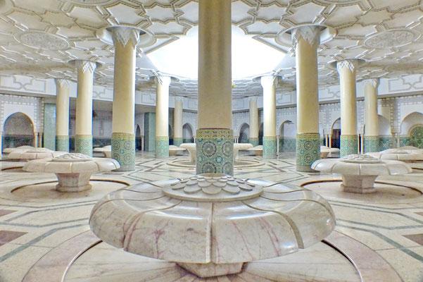 Hassan II moskee, de wasruimte.