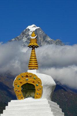 De Kongde Ri (6187 m.) vanuit Lukla