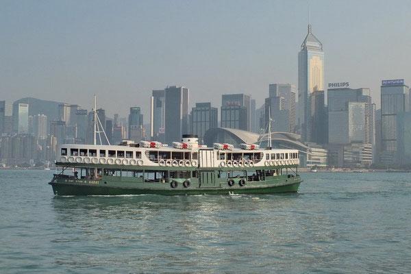 Met de Star ferry naar Hongkong Island