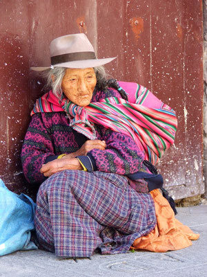 Oude vrouw in Arequipa