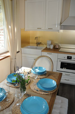 cuisine équipée ouverte sur le séjour