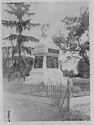 1918 Monument aux morts - premier emplacement