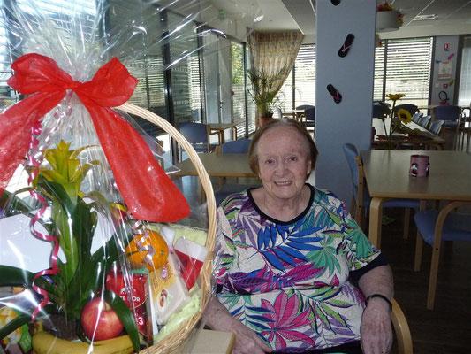 Hélène PETER 80 ans le 10 mai