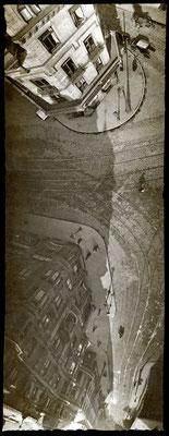 Straßenbahnschienen, Frankfurt a.M. (1909) - Die Brieftaubenaufnahme zeigt die Straßensituation vor dem Eschenheimer Tor in Frankfurt am Main. © SDTB / Historisches Archiv, Nachlass Julius Neubronner