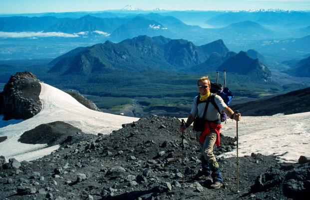 Auf den Vulkan darf man nur Organisiert, da dder Vulkan noch aktiv ist. Zum glück hatten wir eine kleine Gruppe.