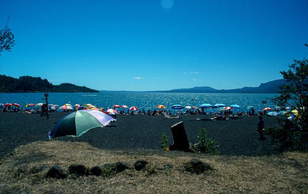 Nach der Spektakulären Vulkantour, machten wir einen Ruhetag, unter anderem am See des Villarica in Pucon.