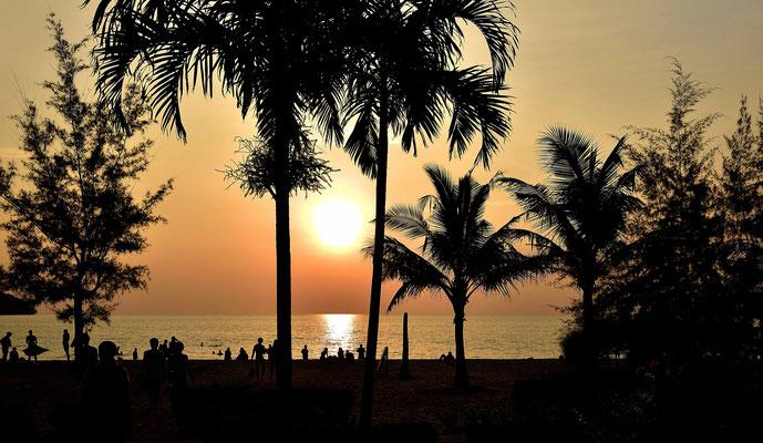 Sonnenuntergang am Odres-Beach