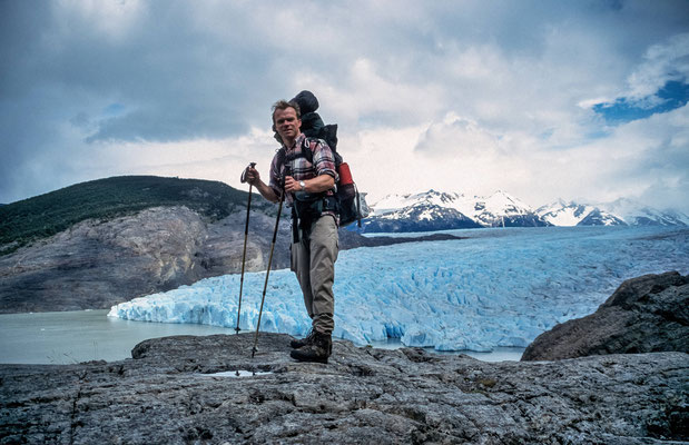 """2001 vor dem Grey Gletscher im """" Torres del Paine N.P. """" in Chile"""