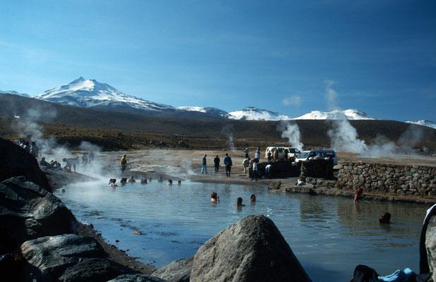 """Auf dem Rückweg konnten wir ein Bad nehmen in den """"Termas de Puritama""""."""