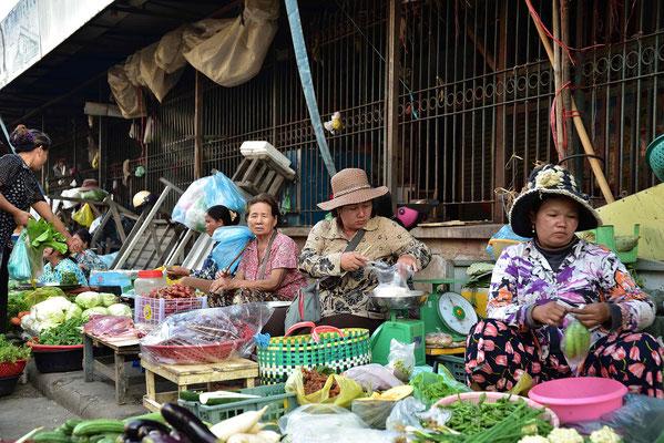 Auf dem Markt von Battambang