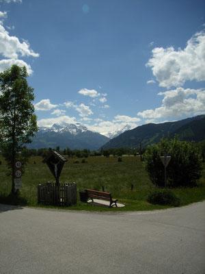 Blick auf die Hohen Tauern mit dem Kitzsteinhorn