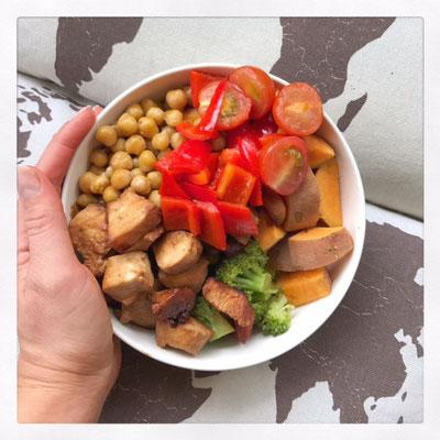 Poké-bowl met kip