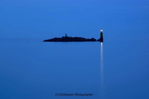 Une lumière à l'heure bleue
